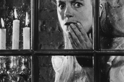 Madness and Desire in The Innocents                                   Gothic: The Dark Heart of Film